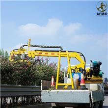 黑龙江漠河公路绿化车载修剪机 甘肃兰州隔离带修剪绿篱机器